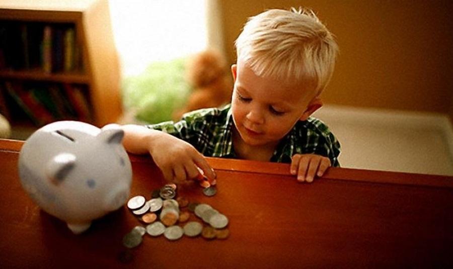 Нужны ли деньги для нормального воспитания детей