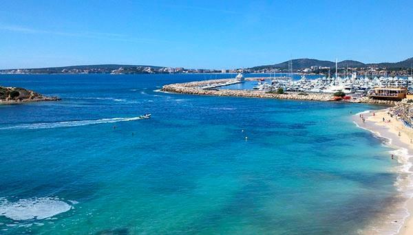 Побережье Испании очень чистое и безопасное