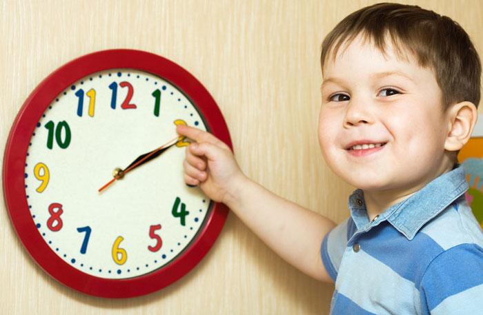 Часы с крупным циферблатом