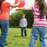 Во что можно поиграть с ребенком — увлекательные игры для детей разного возраста