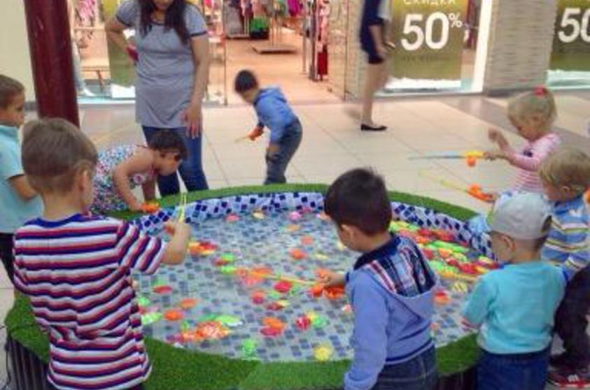 Детская рыбалка - игра с водой