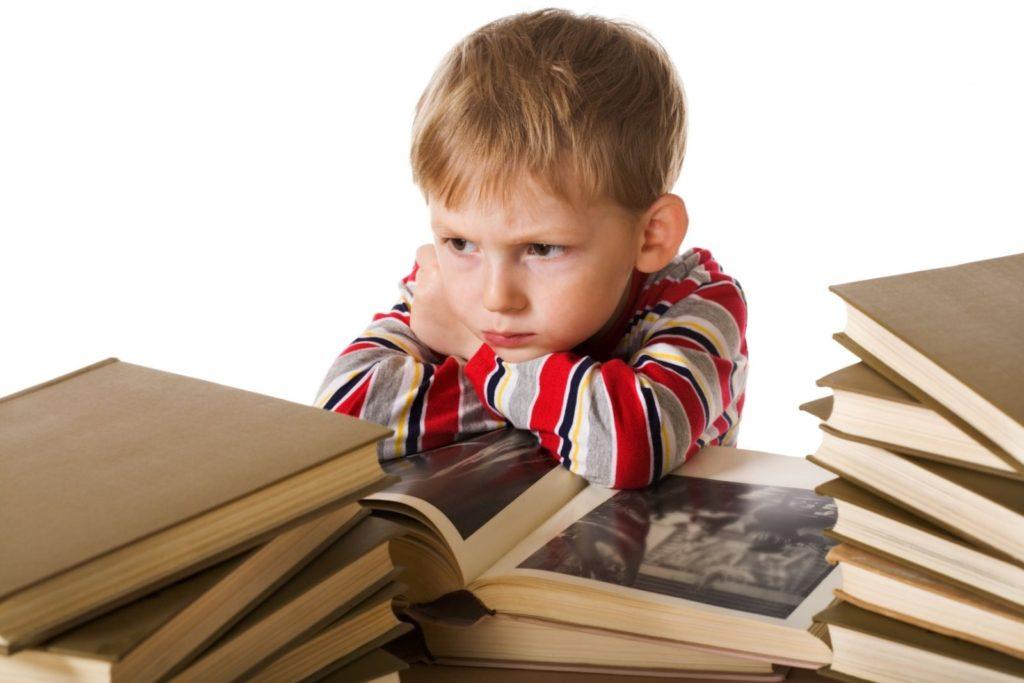 Мальчик 8-ми лет не хочет учиться