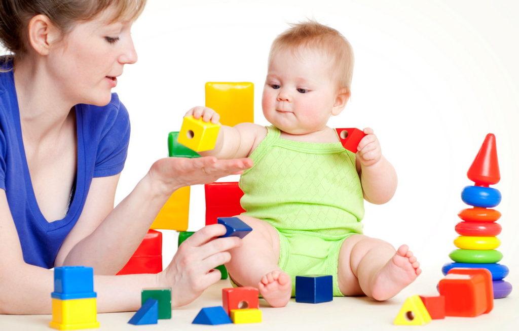Игры с ребенком до года