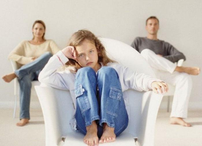 Безразличие в семье между родителями и детьми