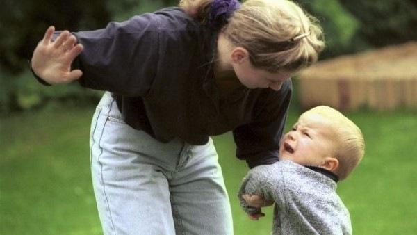 Физические наказания детей недопустимы