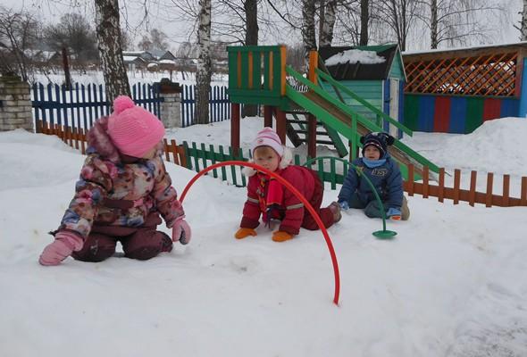 Зимние прогулки детей