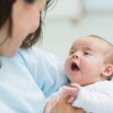 Икота у новорожденных —  7 причин возникновения и что делать родителям