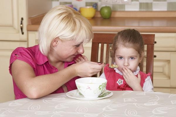Насильно не кормить после рвоты