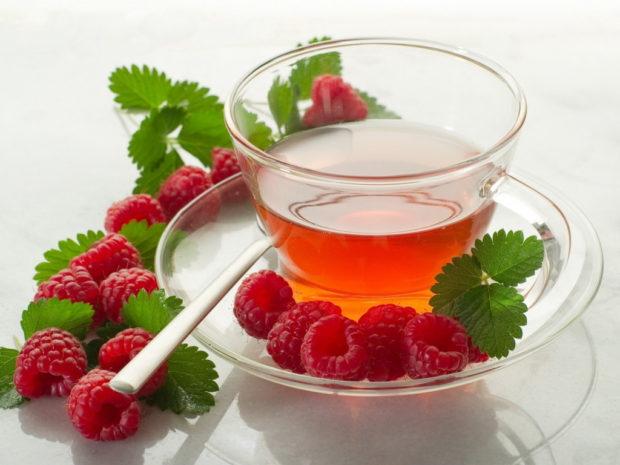 Малиновый чай при температуре