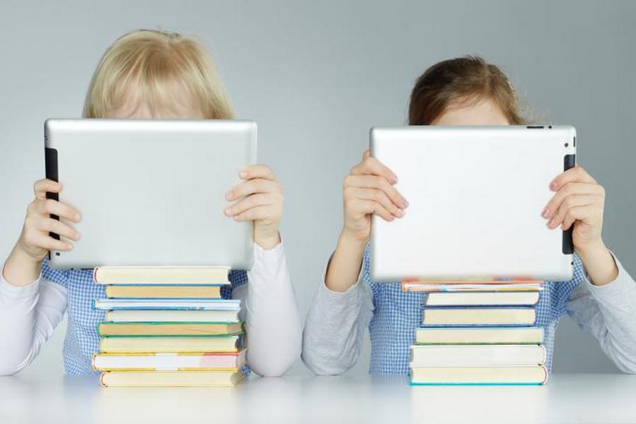 Как современные гаджеты влияют на детей
