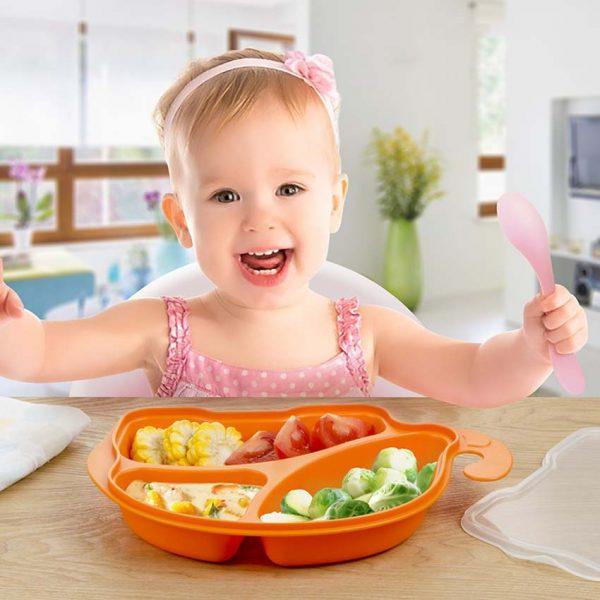 Ученые рекомендуют: малышам лучше есть руками