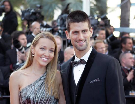 Удивительно: жена теннисиста Новака планирует создание косметики из своего грудного молока