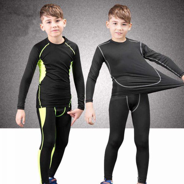 Как ребенка подружить с холодом - выбор детского термобелья зимней одежды