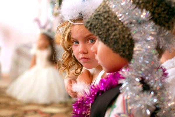 Ребенок боится праздника