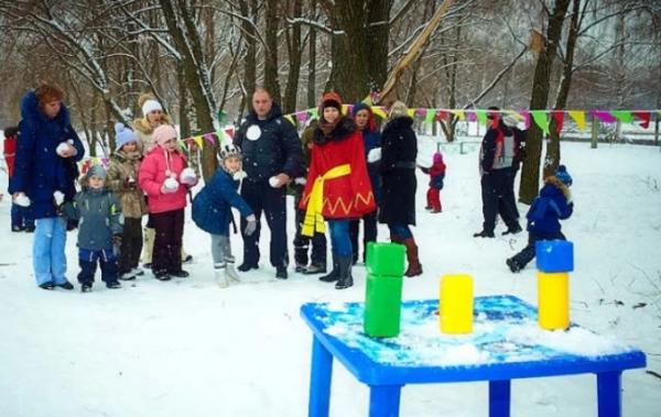 Стрельба снежками в цель