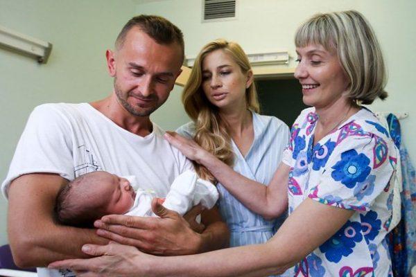 Как посетить новорожденного