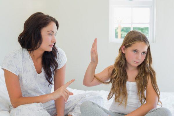 Что делать, если ребенок-подросток срывается на вас