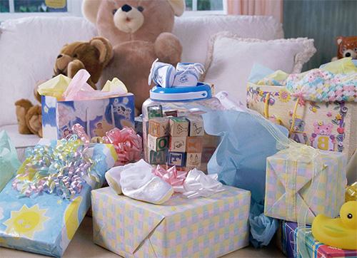 Подарки новорожденным