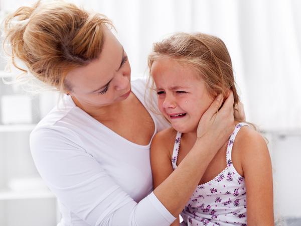 Повышенная плактивость - признак депресии у ребенка