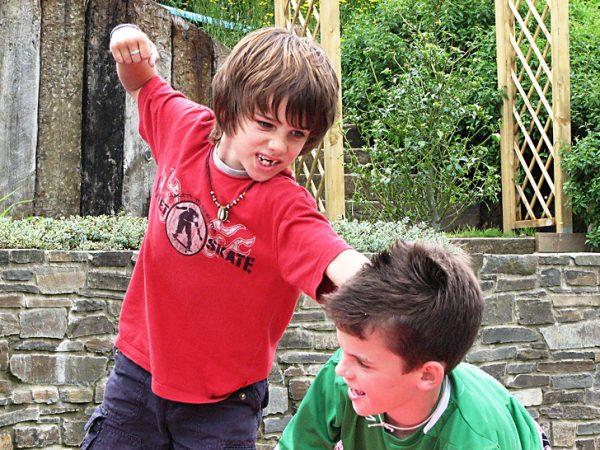Ссора на детской площадке