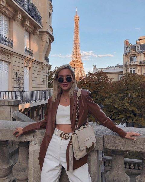 Катя Мезенова в Париже