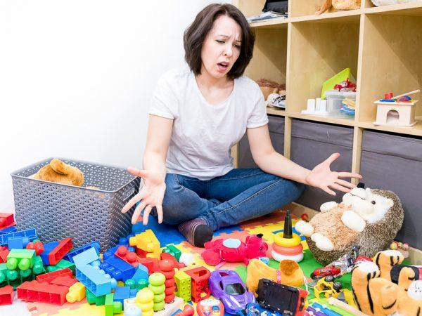 Расбросанные игрушки