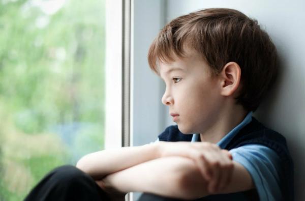 Внезапные перепады настроения у детей: причины, что делать родителям