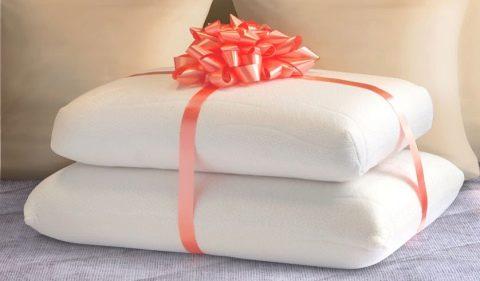 Ортопедические подушки в подарок