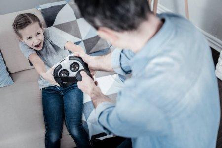 Чем может помочь строгое воспитание ребенку в будущем