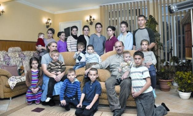 Семья Намени, 21 ребенок
