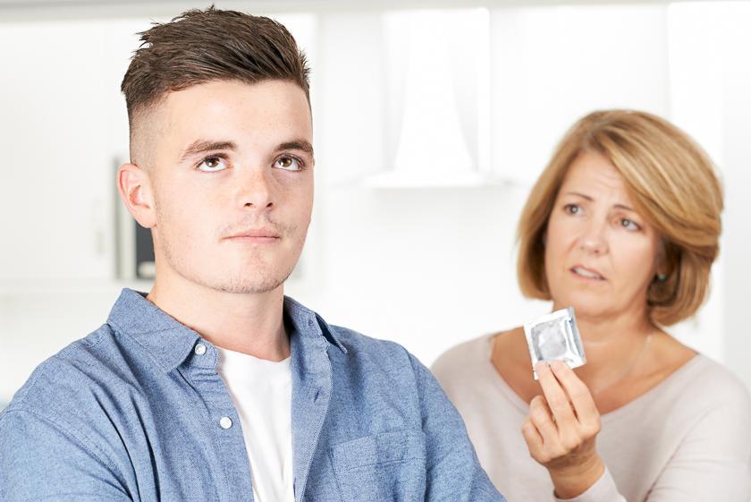 презервативы у подростка