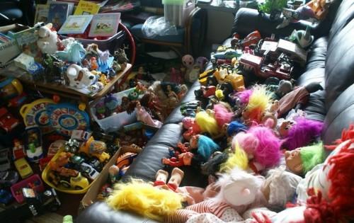 Очень много игрушек
