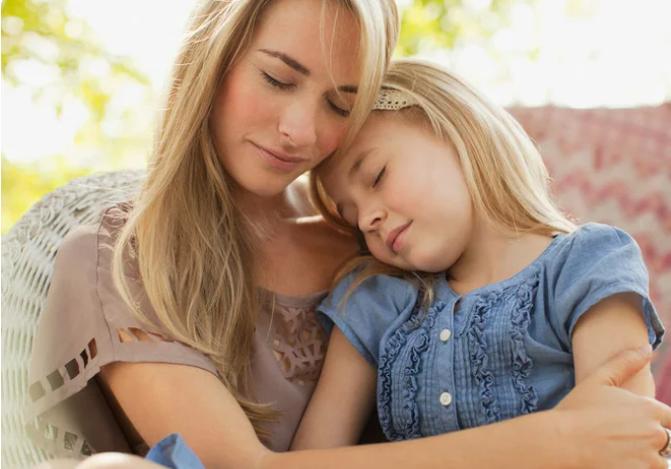 Психологические травмы родом из детства: как мы коверкаем судьбы своих детей