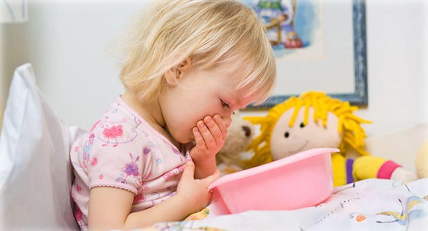 У ребенка в дыхании чувствуется запах ацетона - почему и что делать