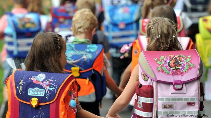 Уже можно начинать: как собрать первоклассника к школе с минимальными затратами денег, времени и нервов