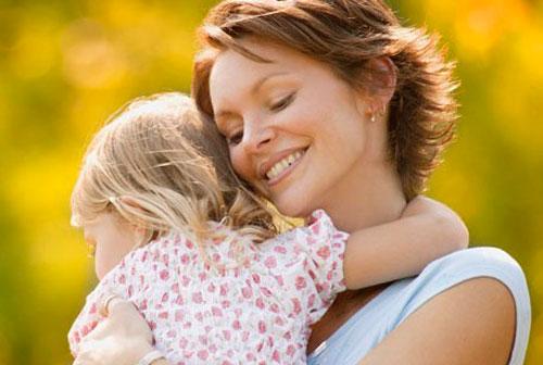 Материнская зацикленность на ребенке - не любовь, а патология