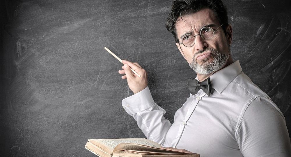 Токсичный учитель: 5 реальных историй и комментарий психолога