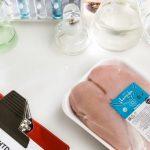 Антибиотики, листерии и соли пищевых кислот для объема — 3 образца куриных грудок в Черном списке, еще один наполовину тоже там