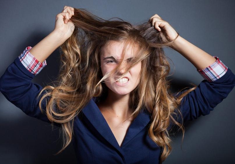 Аутоагрессия у детей: почему ребенок обижает сам себя и что с этим делать