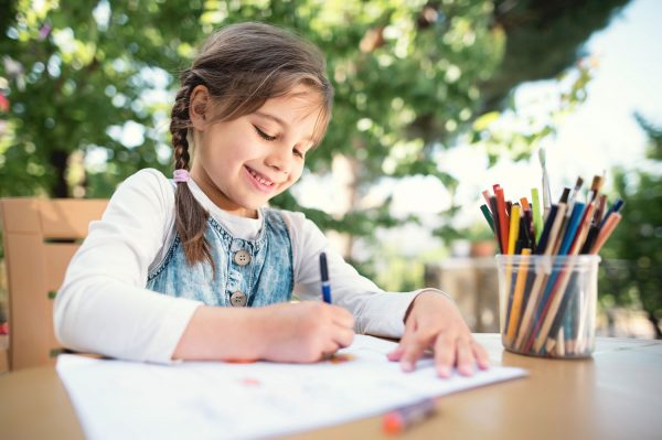 Начальная школа: нужно ли заниматься летом с младшим школьником и дошкольником