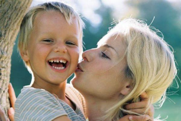 Как наладить контакт с ребенком: каждый взрослый человек должен знать о «правиле трех минут»