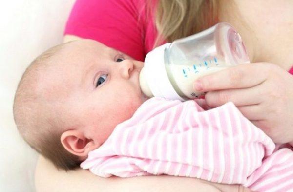 Непереносимость грудного молока: как распознать вовремя и что делать