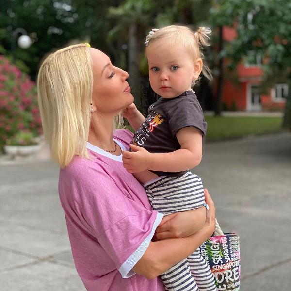8 звездных мам, которые родили с помощью процедуры ЭКО