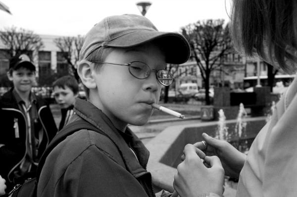 Ребенок курит - что предпринять родителям