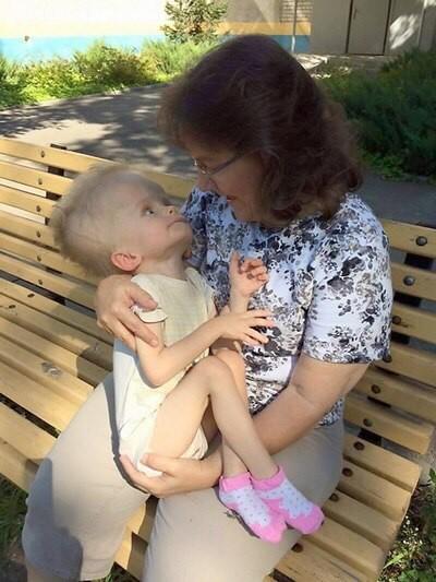 Дима Калекин с приёмной мамой