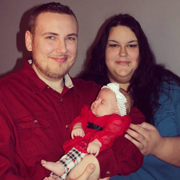 МоникаРайли, супруг и ребенок