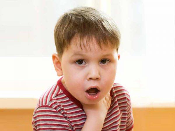Что делать, если ребенок поперхнулся или подавился