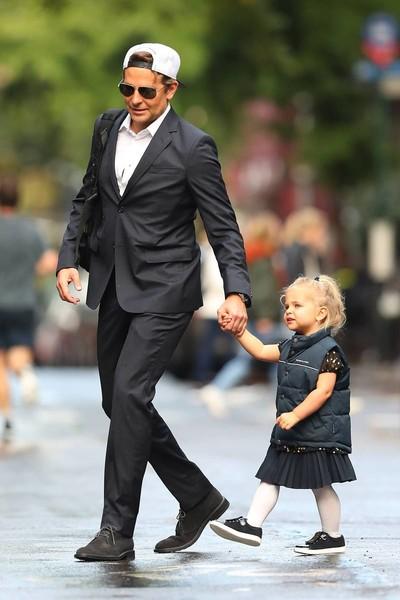 Бредли Купер с дочерью
