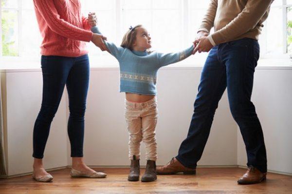 Как рассказать детям разных возрастов о предстоящем разводе родителей