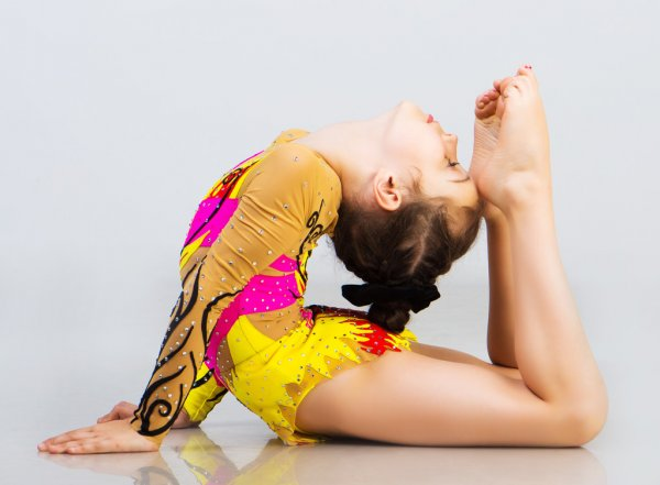 Девочка-гимнастка